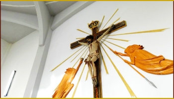 Marinella di Selinunte (TP) - Parrocchia Sacro Cuore di Maria - Crocifisso ligneo (1670)